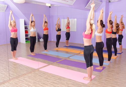 Pilates und Yoga
