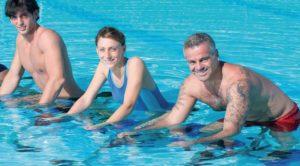 Aqua Training - Gelenke schonen und Fett verbrennen