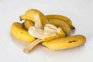 Kaliummangel beheben zum Beispiel mit Bananen.