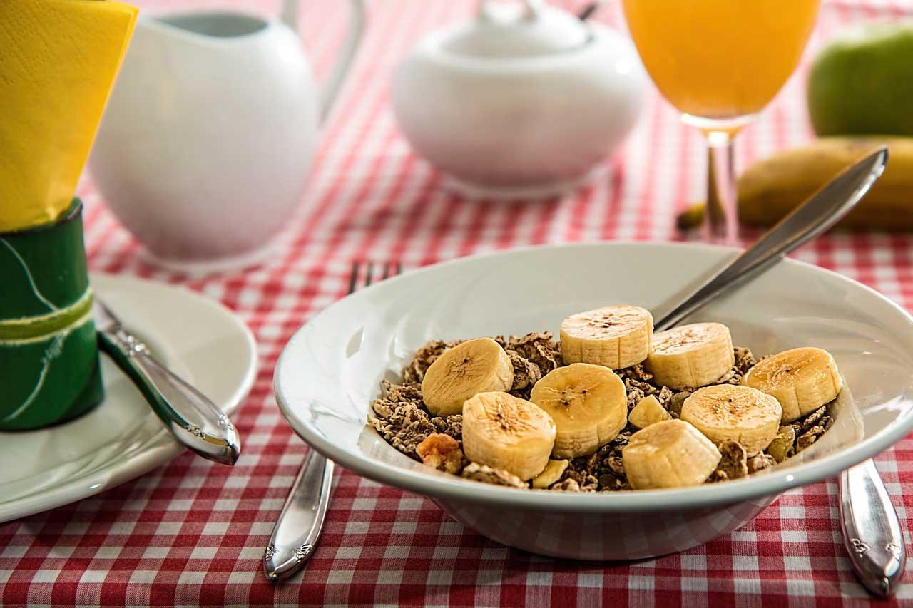 Frühstücksshake (groß) mit Banane Rezept